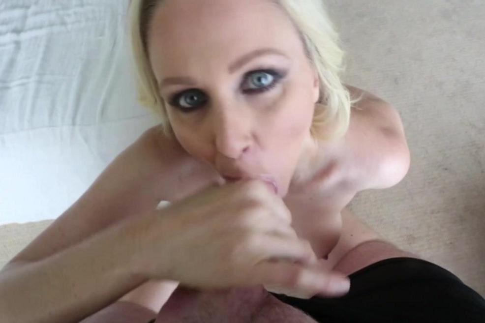 Girls Sucking Small Dicks