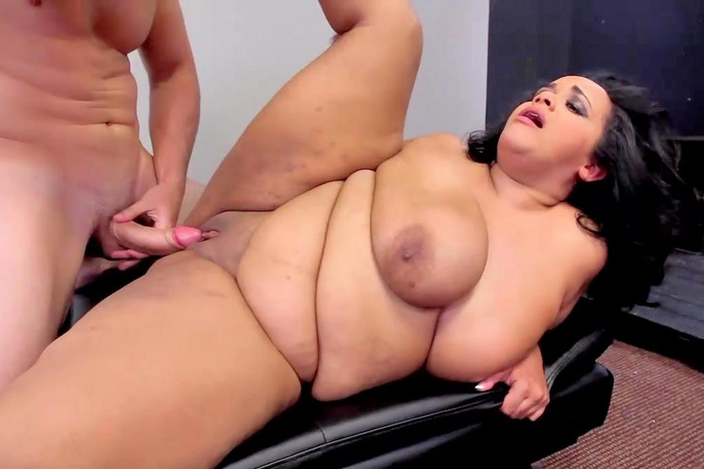 Fat Mom Gallery