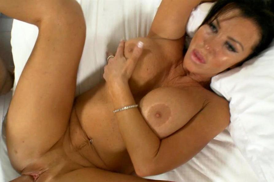 lingerie models nude pics