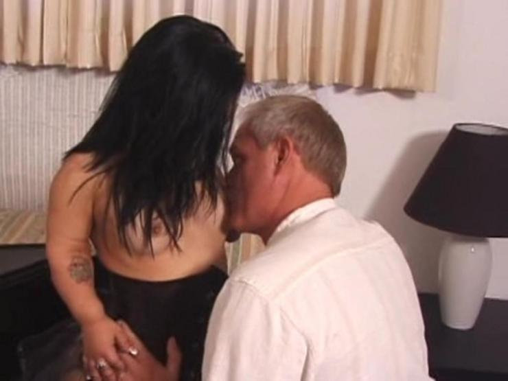 Free Midget Porn Video