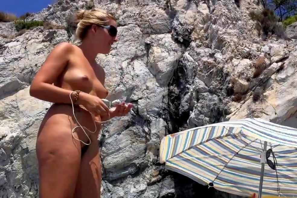 Beach Brazilian Girl Pic