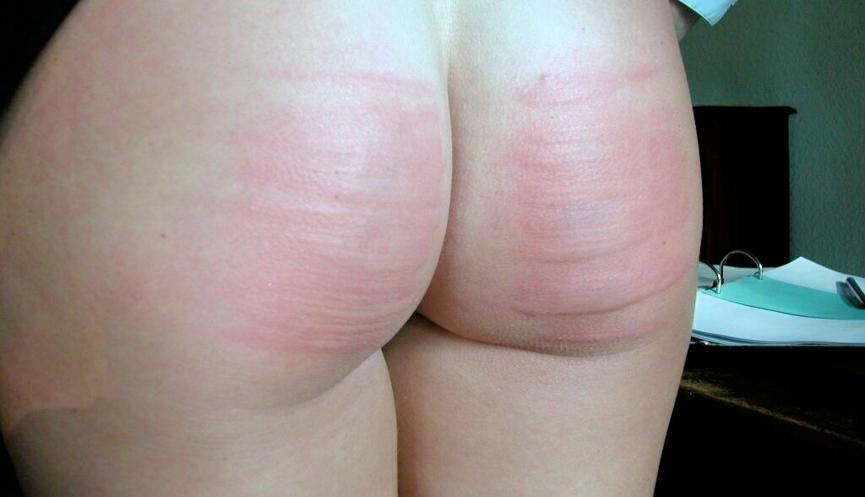 Red stripe spank — photo 2