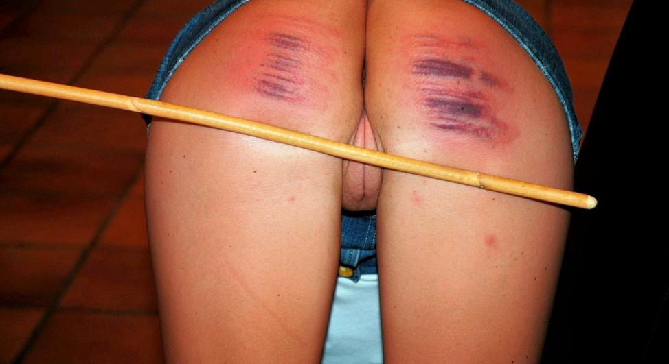 Women Spank Bare Bottoms