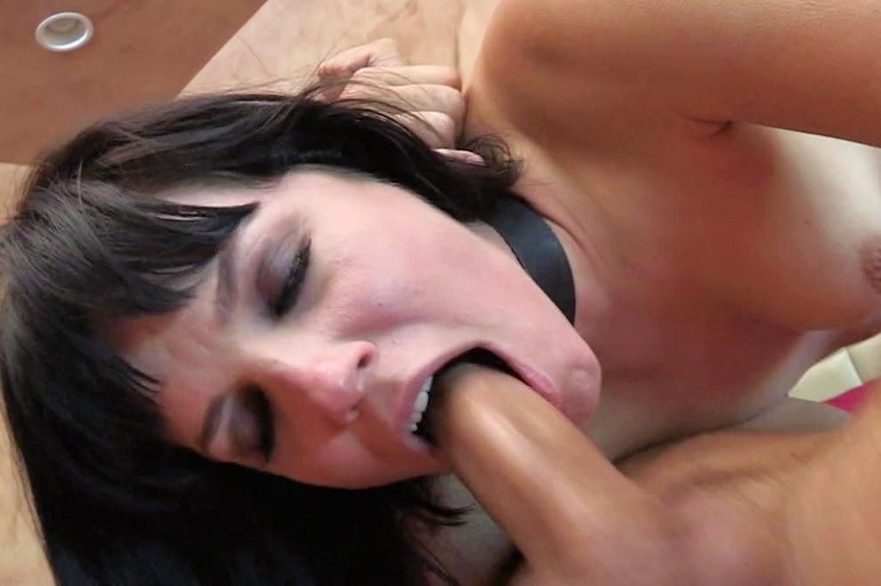 Piercedaspid tongue split cock suck amp cum lick 7